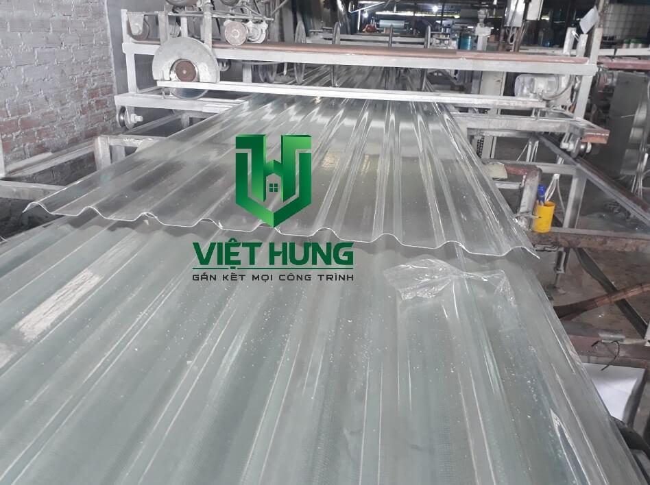 Máy sản xuất Tôn nhựa lấy sáng Sợi thủy tinh Composite