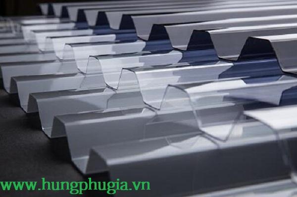 Mẫu tôn lấy sáng Polycarbonate sóng vuông