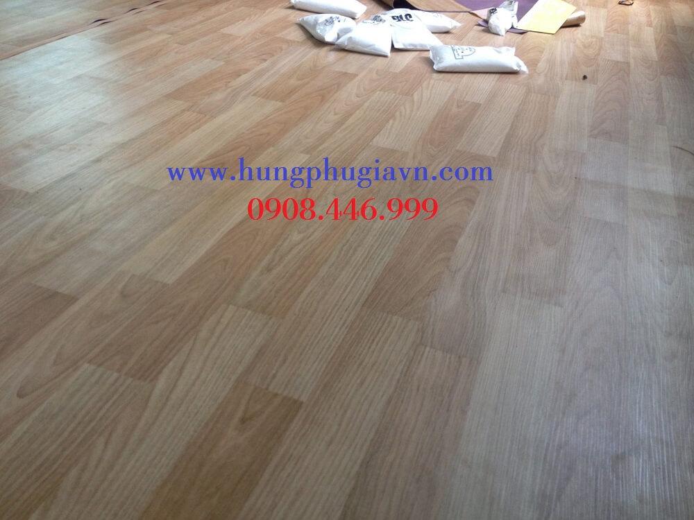Thảm trải sàn Simili giả gỗ 1.2mm