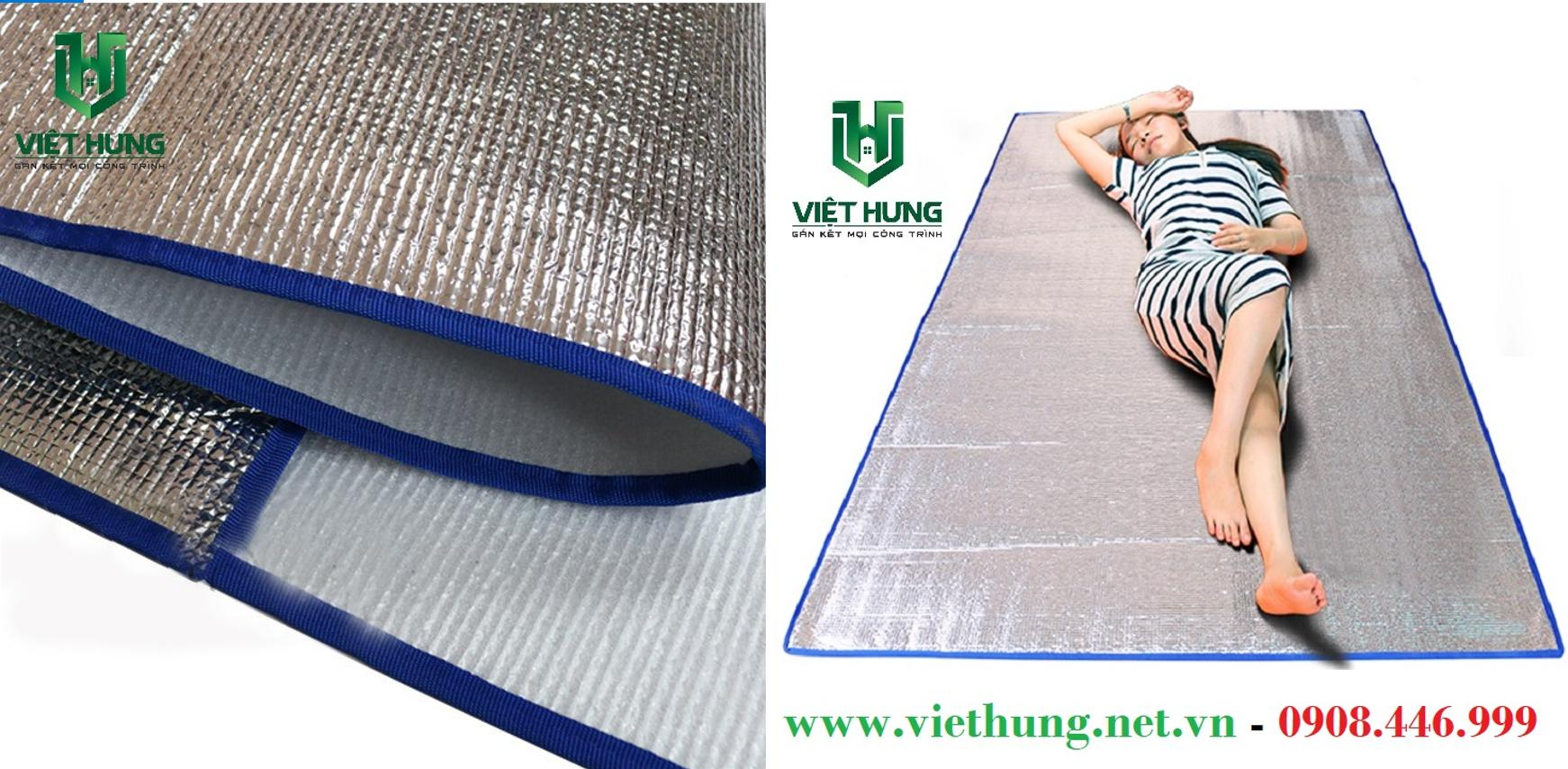 Mút xốp cách nhiệt phủ bạc Pe Opp làm chiếu nằm cho công nhân