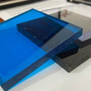 Tấm lợp lấy sáng Polycarbonate đặc ruột dày 10mm màu trà và xanh biển